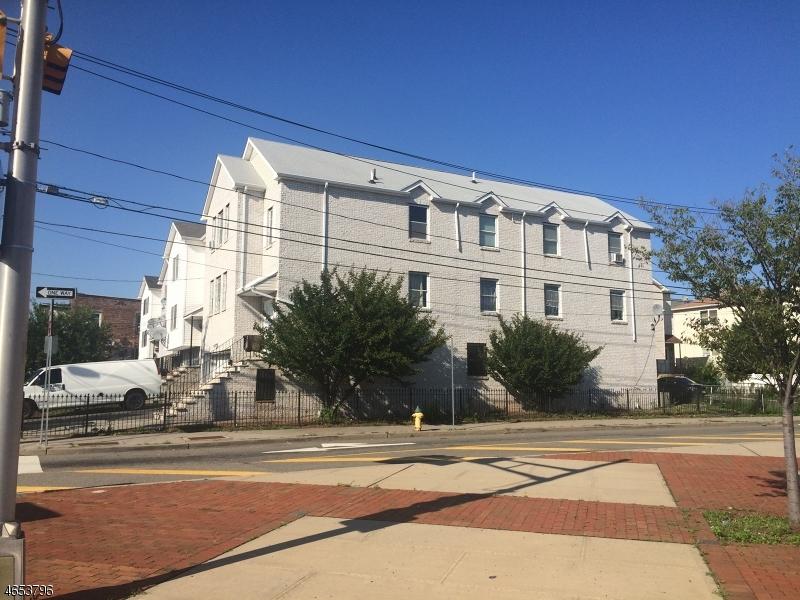 Многосемейный дом для того Продажа на 517-519 Irvine Turner Blvd Newark, Нью-Джерси 07108 Соединенные Штаты