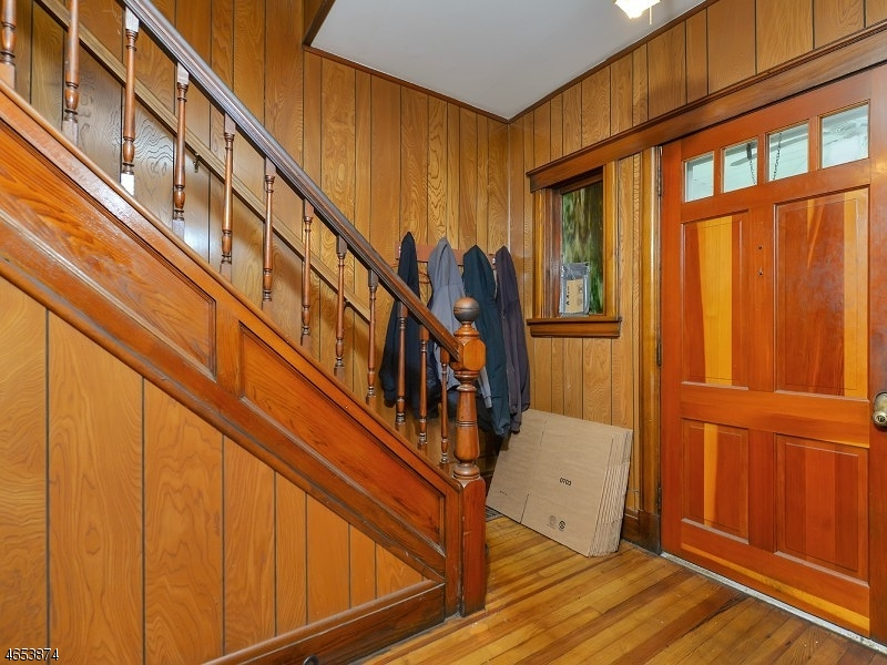 Additional photo for property listing at 257 President Street  Saddle Brook, New Jersey 07663 États-Unis