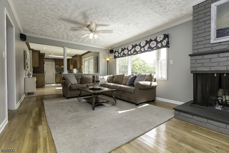 Additional photo for property listing at 82 Ormont Road  Chatham, Nueva Jersey 07928 Estados Unidos