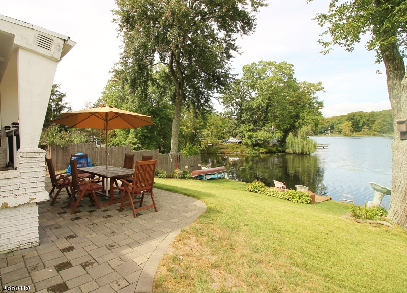 Additional photo for property listing at 195 Lake Drive  Stanhope, New Jersey 07874 United States