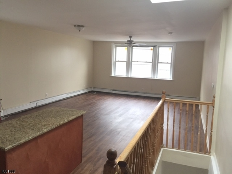 Additional photo for property listing at 307 N 8th Street  Haledon, New Jersey 07508 United States