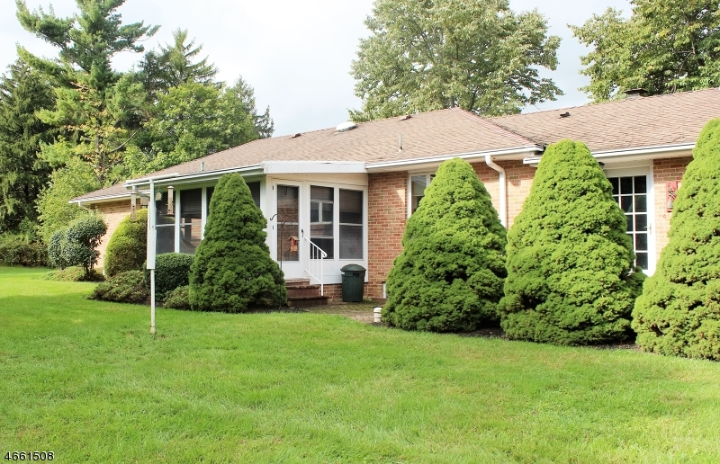 Additional photo for property listing at 358 OLD YORK Road  Flemington, Нью-Джерси 08822 Соединенные Штаты