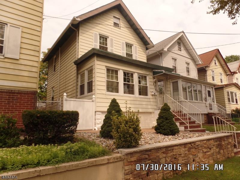 Casa Unifamiliar por un Venta en 405 Davis Avenue Kearny, Nueva Jersey 07032 Estados Unidos
