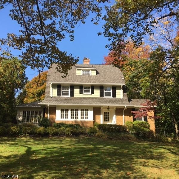 Частный односемейный дом для того Аренда на 15 Windermere Ter Short Hills, Нью-Джерси 07078 Соединенные Штаты