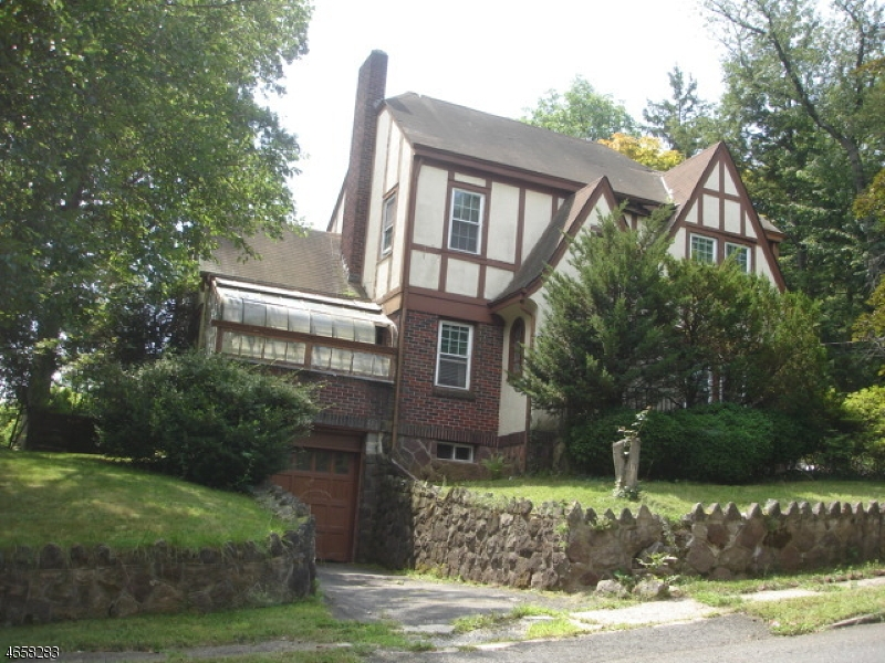 Single Family Home for Sale at 52 BURLINGTON Road Tenafly, New Jersey 07670 United States