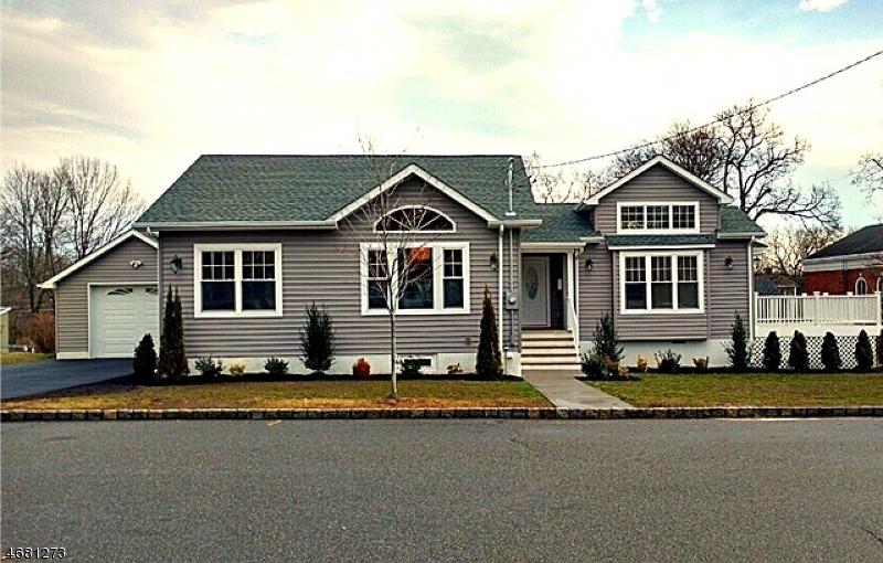 Maison unifamiliale pour l Vente à 17 Sunnyside Place Verona, New Jersey 07044 États-Unis