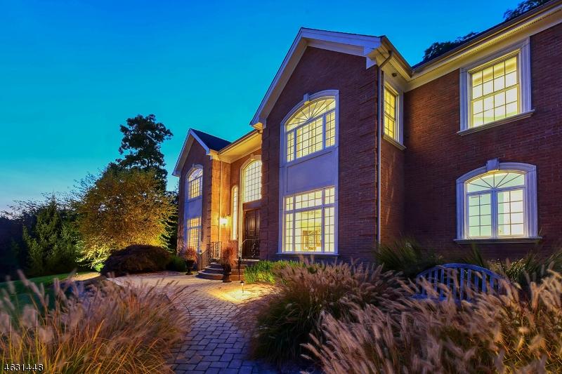 独户住宅 为 销售 在 3 Briarcliff Road Montville, 新泽西州 07045 美国