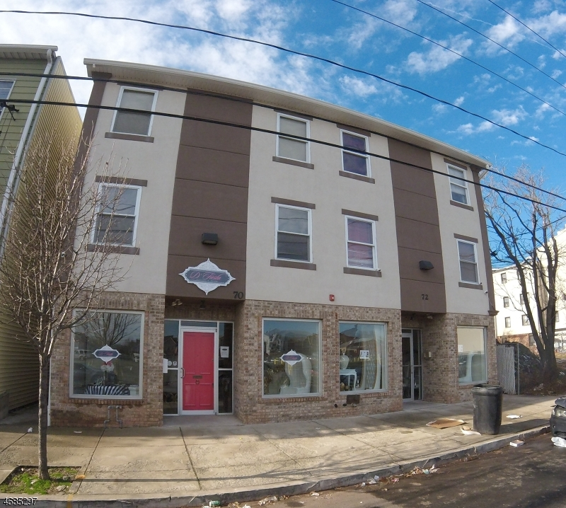 Commercial for Sale at 70-72 LIVINGSTON Street Elizabeth, New Jersey 07206 United States