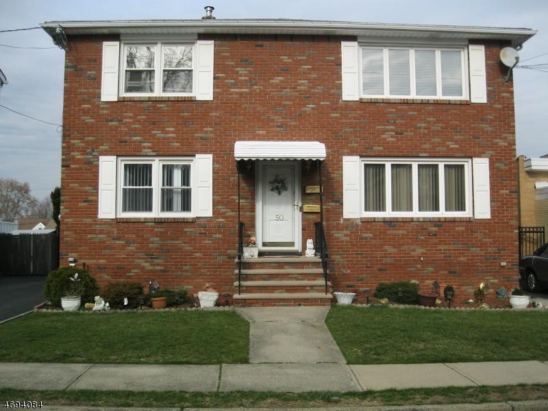 Casa Unifamiliar por un Alquiler en 50 Coney Road Little Falls, Nueva Jersey 07424 Estados Unidos