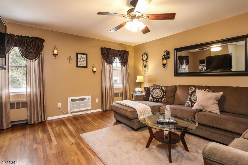 独户住宅 为 出租 在 26 Wedgewood Dr (Unit 38) 维罗纳, 新泽西州 07044 美国