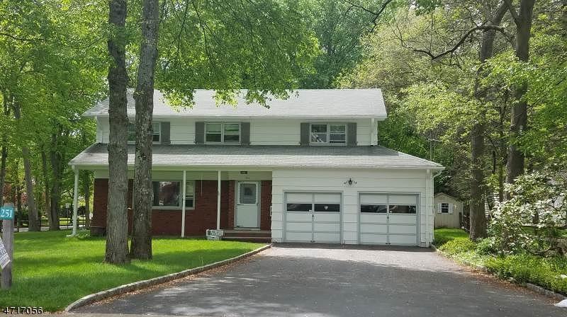 独户住宅 为 出租 在 251 Brooklake Road Florham Park, 新泽西州 07932 美国