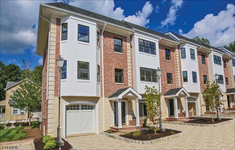 Частный односемейный дом для того Продажа на 4 Central Avenue Caldwell, Нью-Джерси 07006 Соединенные Штаты