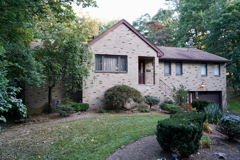 Single Family Home for Sale at 45 Hillcrest Ter Lincoln Park, New Jersey 07035 United States