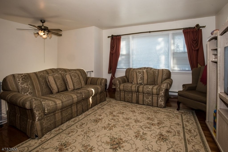 Additional photo for property listing at 2A CURTIS Street 2A CURTIS Street Wharton, Nueva Jersey 07885 Estados Unidos