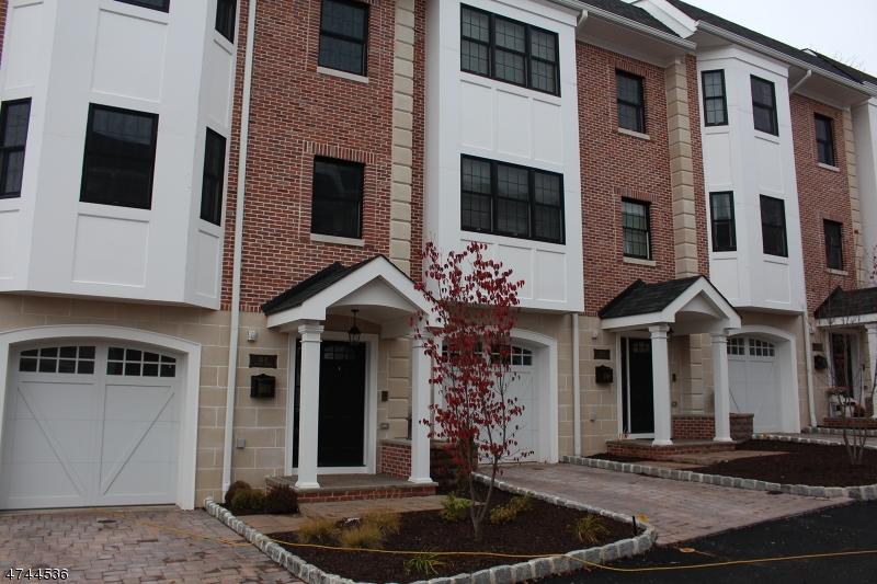 Einfamilienhaus für Verkauf beim 4 Central Avenue Caldwell, New Jersey 07006 Vereinigte Staaten