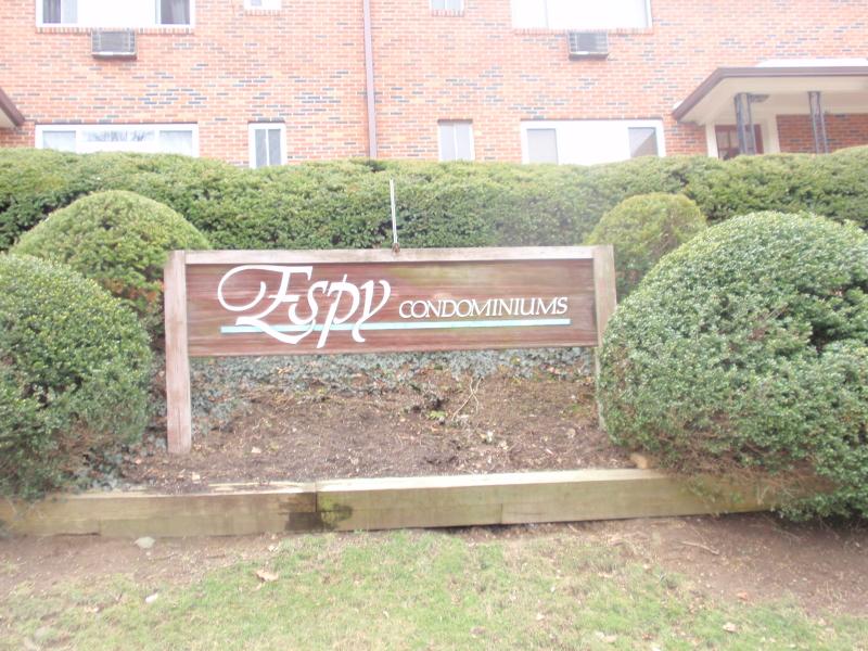 Casa Unifamiliar por un Alquiler en 47 Espy Road Caldwell, Nueva Jersey 07006 Estados Unidos