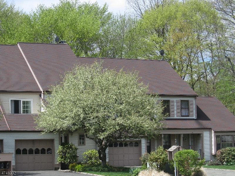 Частный односемейный дом для того Аренда на 42 Aberdeen Drive Mendham, Нью-Джерси 07945 Соединенные Штаты