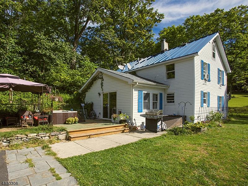 Einfamilienhaus für Verkauf beim 124 Lake Iliff Road 124 Lake Iliff Road Andover Township, New Jersey 07860 Vereinigte Staaten