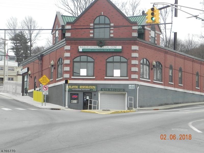商用 为 销售 在 62-68 W BLACKWELL Street Dover Township, 新泽西州 07801 美国