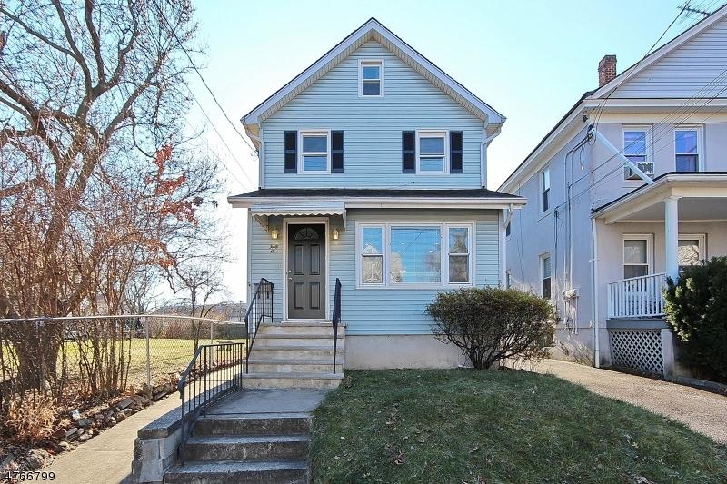独户住宅 为 出租 在 41 2nd Avenue Garwood, 新泽西州 07027 美国