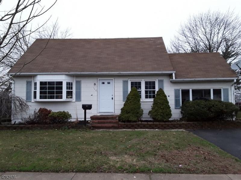 Casa Unifamiliar por un Venta en 158 Valerie Drive Manville, Nueva Jersey 08835 Estados Unidos