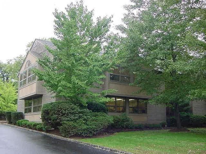 Property pour l à louer à 1 Mountain Blvd, UNIT 2 Warren, New Jersey 07059 États-Unis