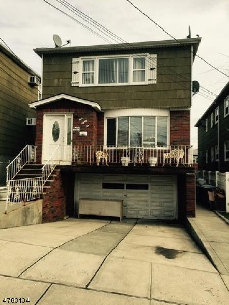 Casa Multifamiliar por un Venta en 484 Hickory Street Kearny, Nueva Jersey 07032 Estados Unidos