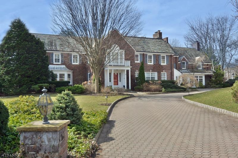 Maison unifamiliale pour l Vente à 174 Elmsley Court Ridgewood, New Jersey 07450 États-Unis