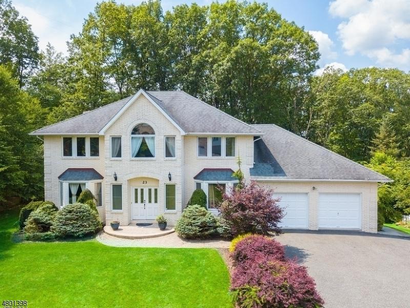 Casa Unifamiliar por un Venta en 23 Battle Ridge Road Parsippany, Nueva Jersey 07950 Estados Unidos