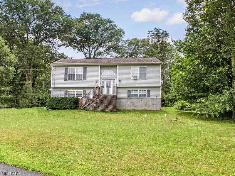 独户住宅 为 销售 在 53 FAIRLAWN Drive 西米尔福德, 新泽西州 07421 美国