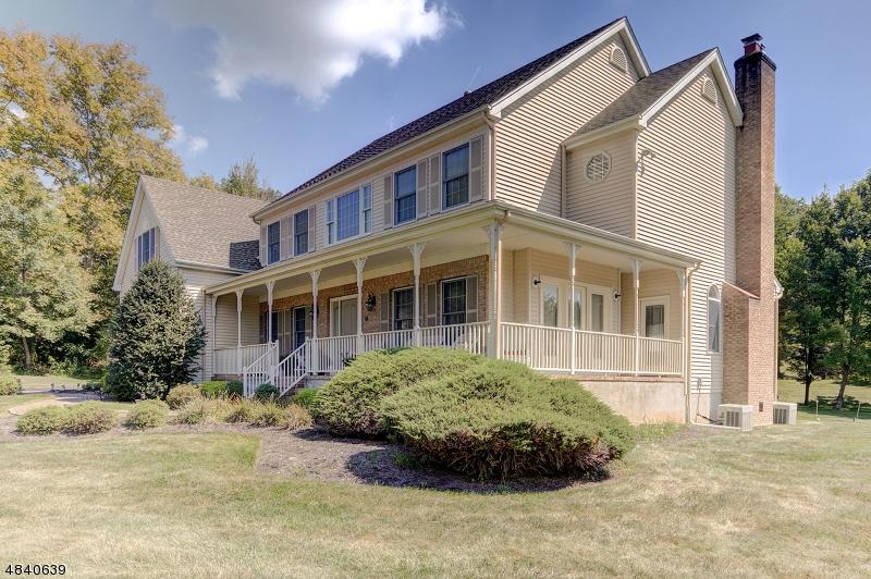 Property для того Продажа на 10 RINGOS MILL Drive Hopewell, Нью-Джерси 08525 Соединенные Штаты