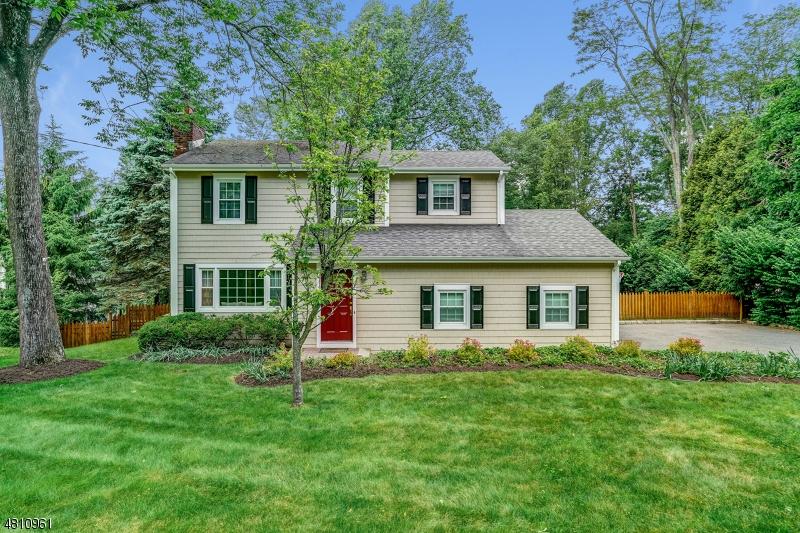 Einfamilienhaus für Mieten beim 554 FAIRMOUNT Avenue Chatham, New Jersey 07928 Vereinigte Staaten