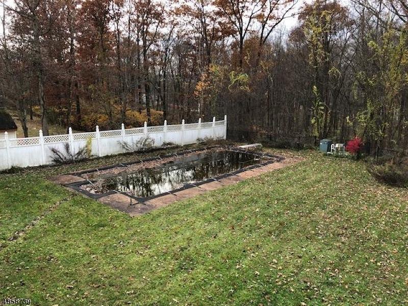 独户住宅 为 销售 在 7 SKYLER Court Jefferson Township, 新泽西州 07438 美国