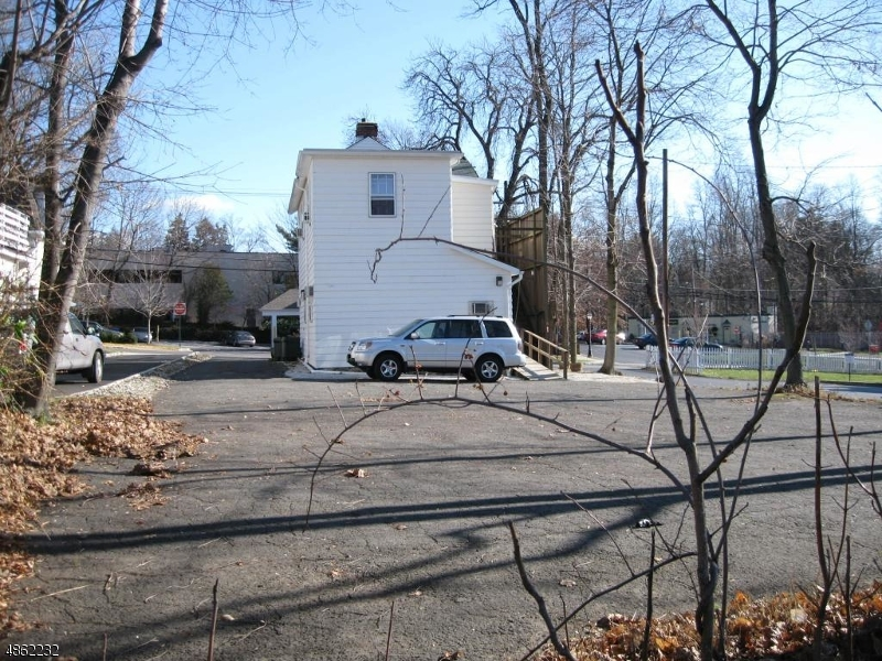 Additional photo for property listing at  Bernardsville, ニュージャージー 07924 アメリカ