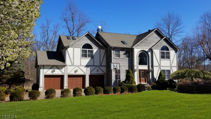 Single Family Home for Sale at 608 W SHORE TRL Sparta, New Jersey 07871 United States