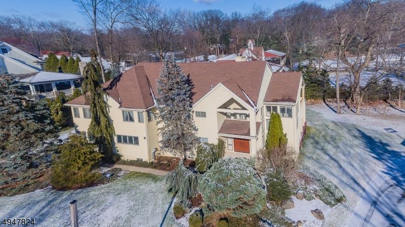 Property のために 賃貸 アット Allendale, ニュージャージー 07401 アメリカ