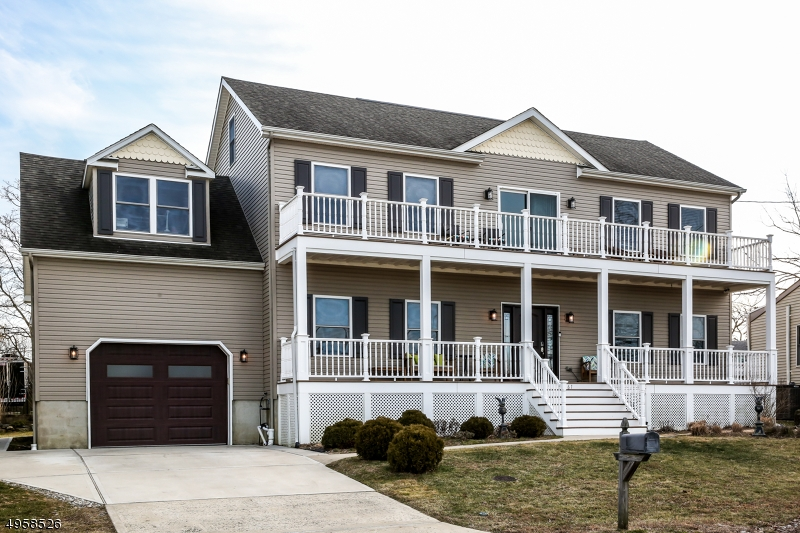 Single Family Homes for Sale at Old Bridge, New Jersey 07735 United States