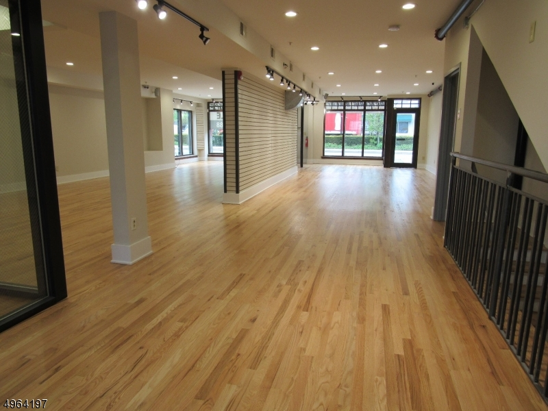 Commercial for Rent at Montclair, New Jersey 07042 United States