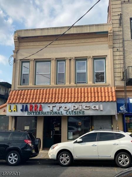 상업용 용 매매 에 Address Not Available Paterson, 뉴저지 07501 미국
