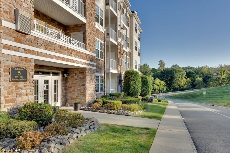 公寓 / 聯排別墅 為 出售 在 Riverdale, 新澤西州 07457 美國