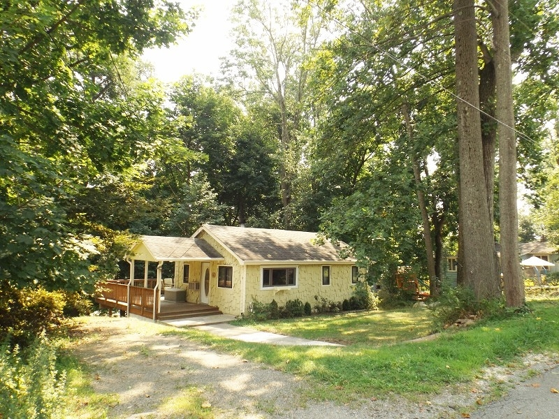 Additional photo for property listing at 6 Ingram Road  Hopatcong, New Jersey 07843 États-Unis
