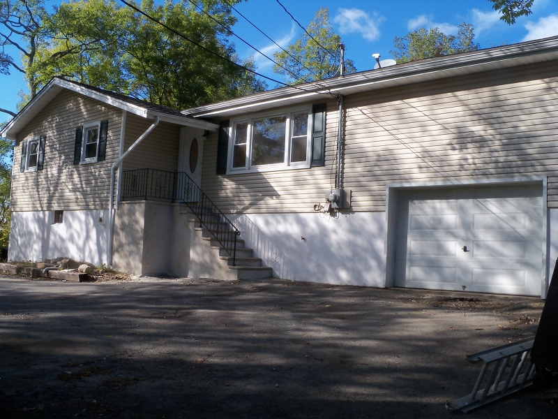 Additional photo for property listing at 506 Edwards Drive  Highland Lakes, New Jersey 07422 United States