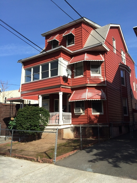 Additional photo for property listing at 10 Schuyler Avenue  Newark, New Jersey 07112 États-Unis