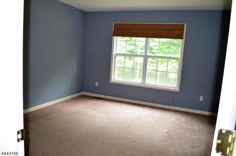 Additional photo for property listing at 17 Upper Plateau Drive  Vernon, New Jersey 07462 États-Unis