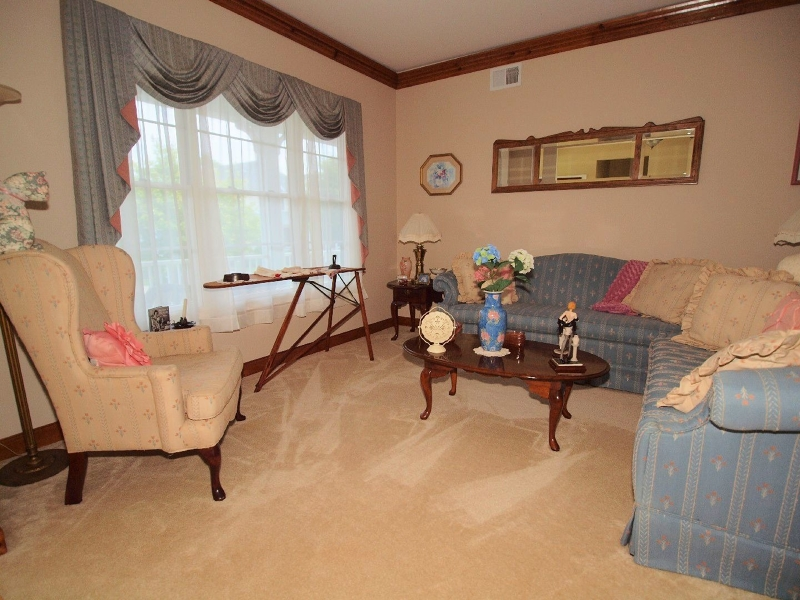 Additional photo for property listing at 34 Falcon Way  华盛顿, 新泽西州 07882 美国