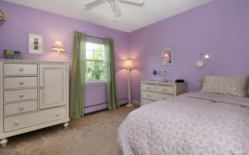 Additional photo for property listing at 1A Garabrant Street  Mendham, New Jersey 07945 États-Unis