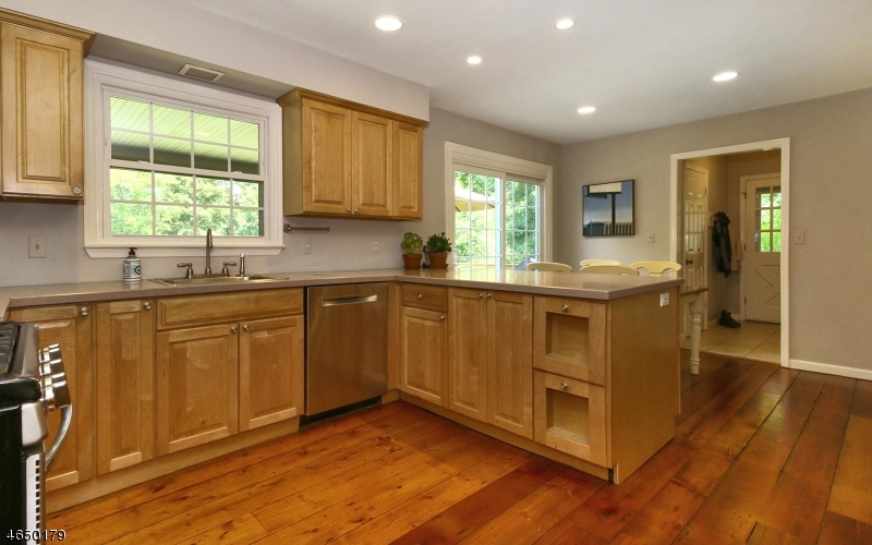 Additional photo for property listing at 1A Garabrant Street  Mendham, Nueva Jersey 07945 Estados Unidos