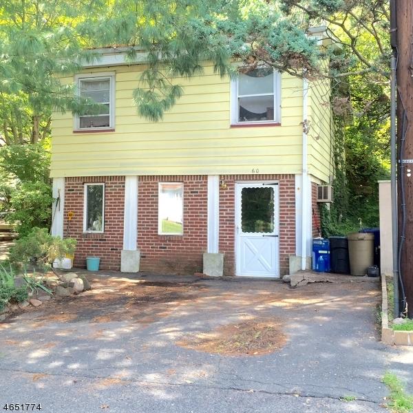 Частный односемейный дом для того Аренда на 60 Cedar Cliff Avenue Haledon, 07508 Соединенные Штаты