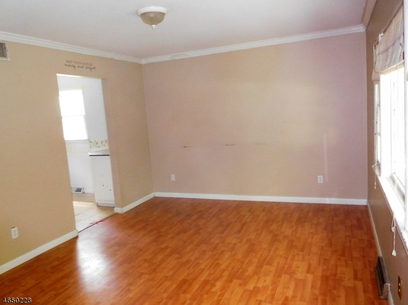 Additional photo for property listing at 4 Butternut Road  Vernon, New Jersey 07462 États-Unis