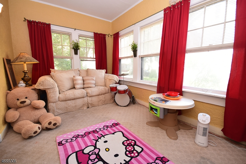 Additional photo for property listing at 140 Reynolds Place  南奥林奇, 新泽西州 07079 美国